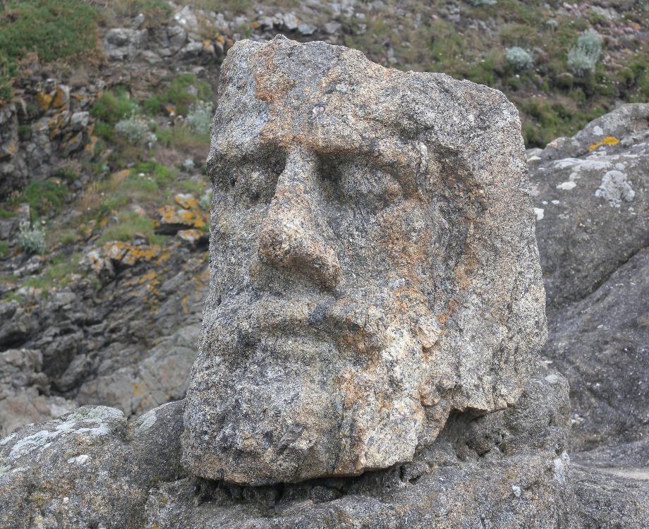 Il est possible de visiter les sculptures de l'abbé Fouré dans le département de l'Ille-et-Vilaine / Illustration (c) Adobe Stock
