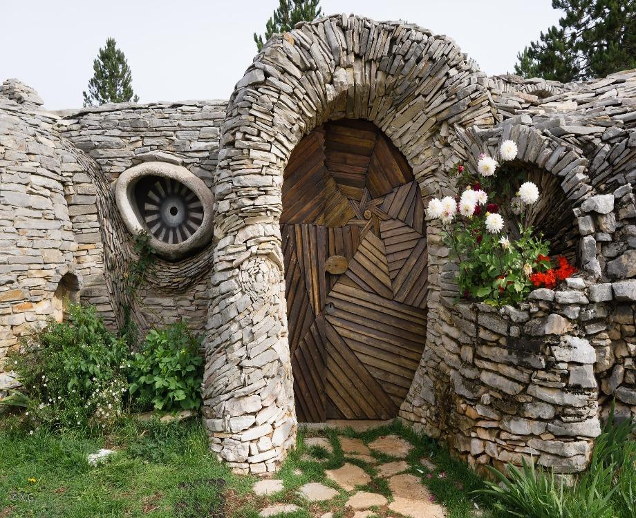 La maison Utopix a été construite en 1980 par le peintre et artiste Jo Pillet (c) Gargarin Xavier / Flickr