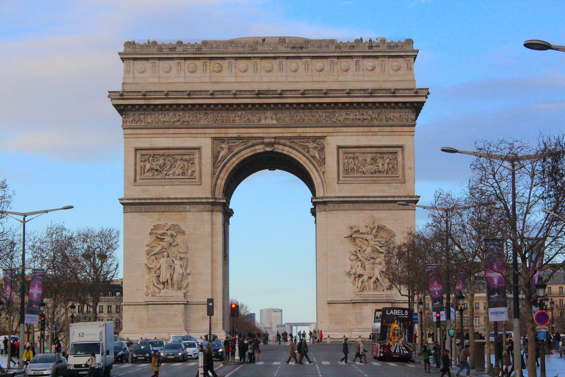 un aperçu de la place Charles De Gaulle qui sera prise d'assaut par les Français à l'occasion (c) Pixabay