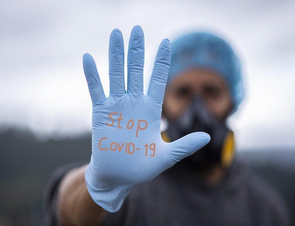 Au total, 8.688 personnes sont hospitalisées pour une infection Covid-19  (C) Fernando Zhiminaicela