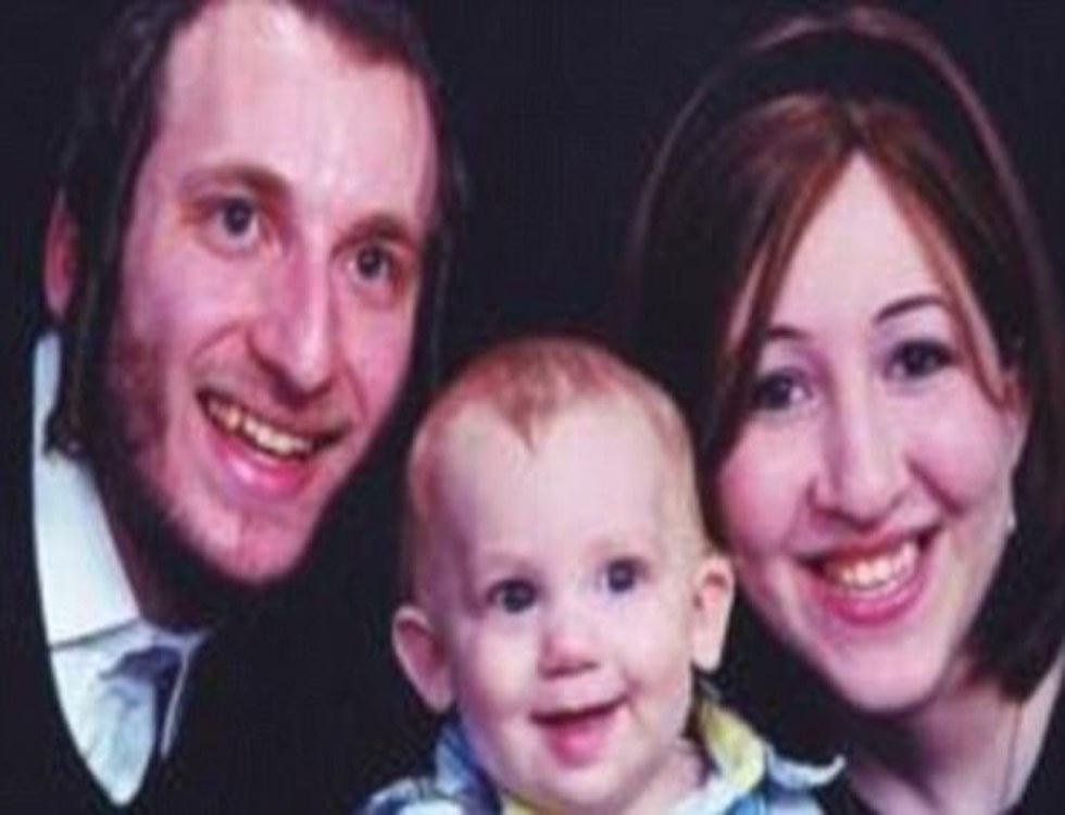 Déborah Feldman avec son ex-mari et leur fils (C) worldtopbuzz