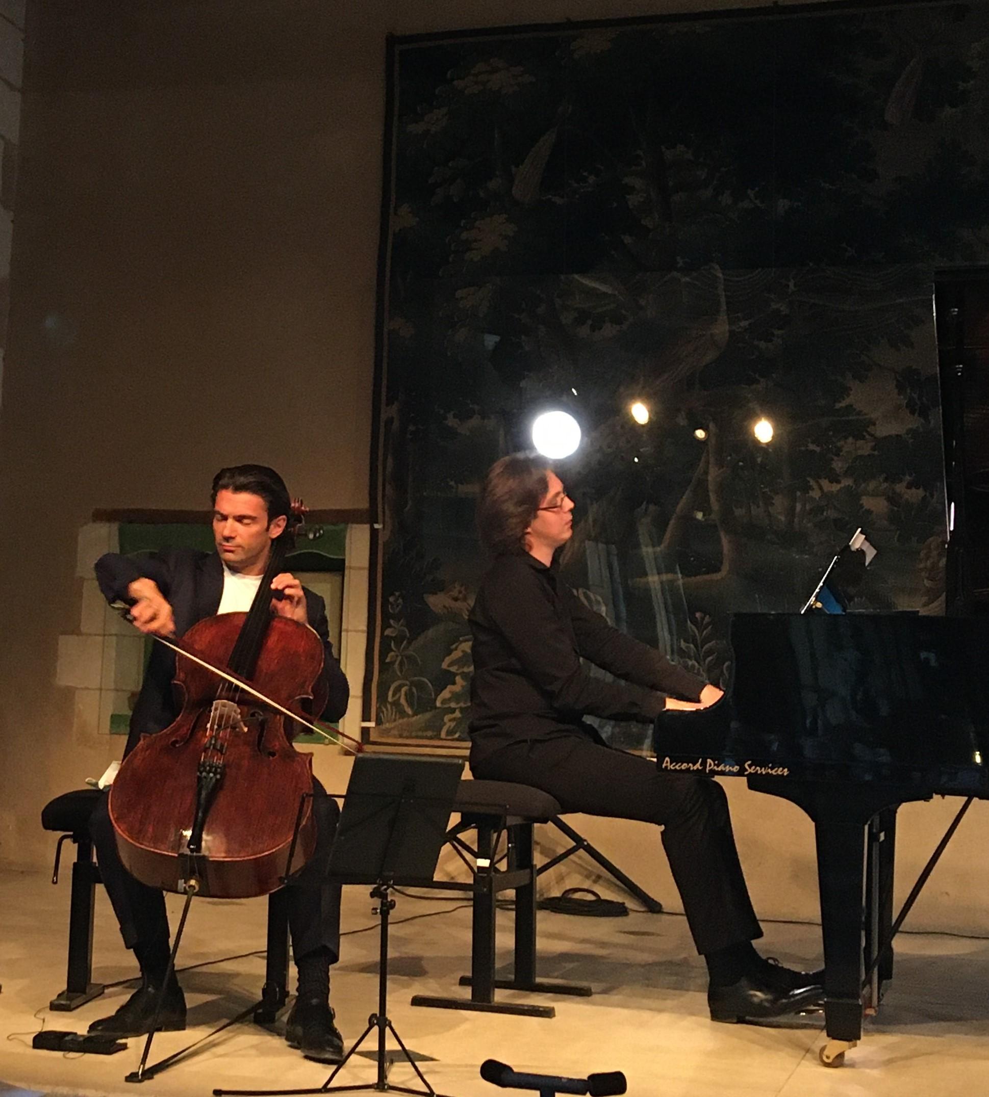 G. Capuçon et Samuel Parent lors du beau récital offert hier aux Loir et Chériens (c) NGH