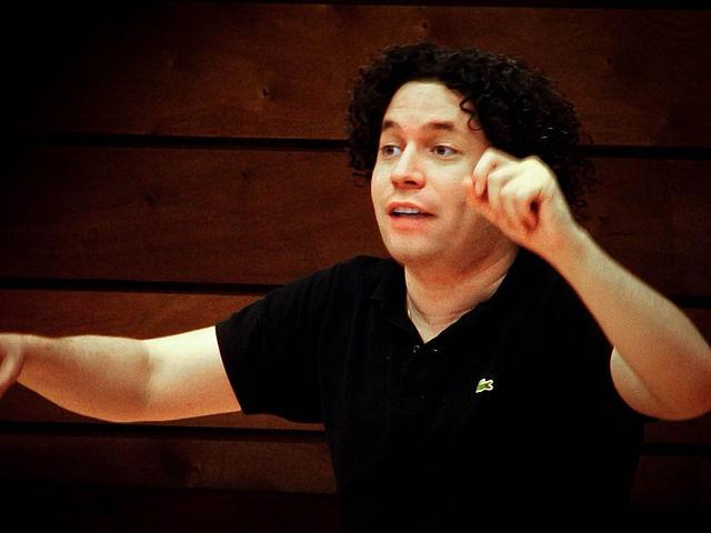 Gustavo Dudamel répétant la 8e symphonie de Mahler en 2012 (c) Anyul Rivas pour Los Teques, Venezuela