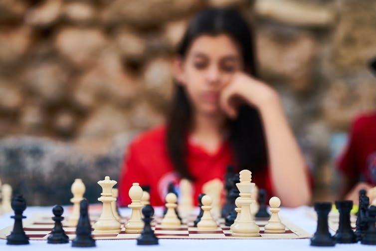 Il faut savoir prendre des décisions, même si des incertitudes persistent. de Engin Akyurt provenant de Pexels, CC BY