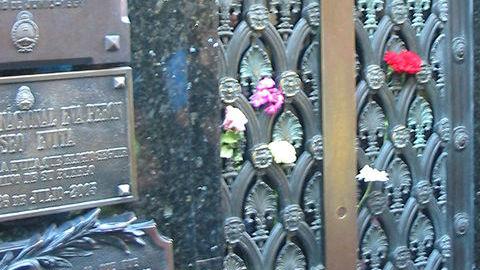 La tombe d'Evita Peron. Photo: Martini. Cliquez ici pour trouver ce qui vous intéresse sur le sujet