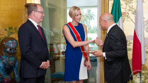 Le couple princier à l'ambassade d'Italie. Photo (c) Palais Princier
