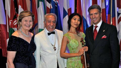 De gauche à droite: Birgit Reimann, Constantine Panoussi, Zhang Zhang, Antonio Ducceschi. Photo (c) Skål Club Monaco