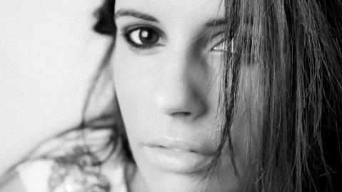 Vanessa Bernard (c) Valeria Maselli. Cliquez ici pour accéder au site