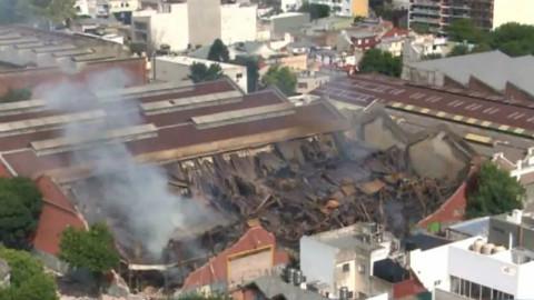 Incendie meurtrier dans l'entrepôt de la société Iron Mountain. Copie écran extraite de la vidéo ci-dessous