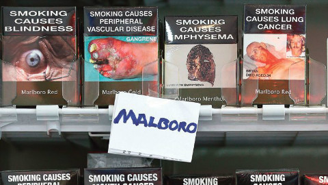 Les paquets de cigarettes neutres en vente en Australie. Illustration proposée par l'auteur.