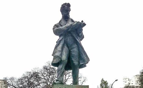Statue de Vicente López y Planes. Photo (c) Sking