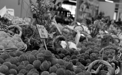 Stand de fruits de Nice. Photo (c) Sabrina Belkhiter