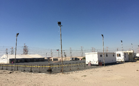 Campement proposé par le ministère de l'Intérieur koweïtien pour ses salariés, dans la partie nord du désert. Photo (c) Bulent Inan