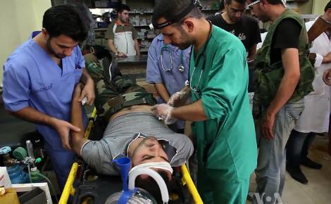 Soins à l'hôpital d'Alep. Image du domaine public.