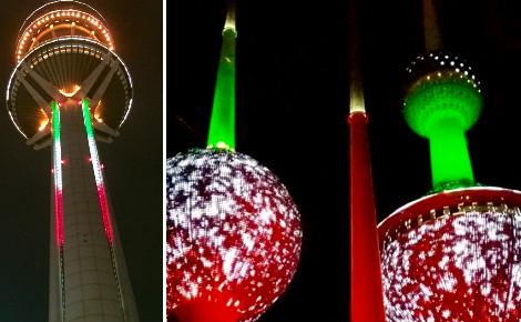 Aux couleurs du drapeau national, les tours du Koweït (1979) et la tour de la Libération (1993) sont les symboles de l'émirat. Photo (c) Bulent Inan.