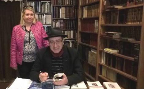 Stephen Blanchard était présent lors des 20 ans de la librairie ancienne Le Barde Bourguignon à Dijon. Photo (c) Sarah Belnez.
