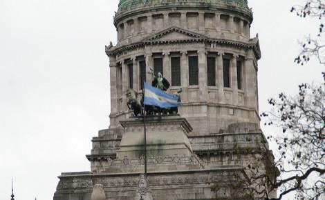 Après le Sénat, c'est maintenant le Congrès qui approuve le projet de loi anti-licenciements. Photo (c) Maurizio Manetti