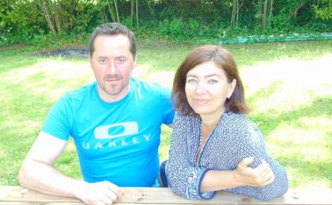 Le couple Fournel, ravi de son déménagement en campagne. Photo: G.A.