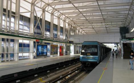 Soleil et vent feront bientôt avancer le métro de Santiago. Une première mondiale. Photo (c) Osmar Valdebenito