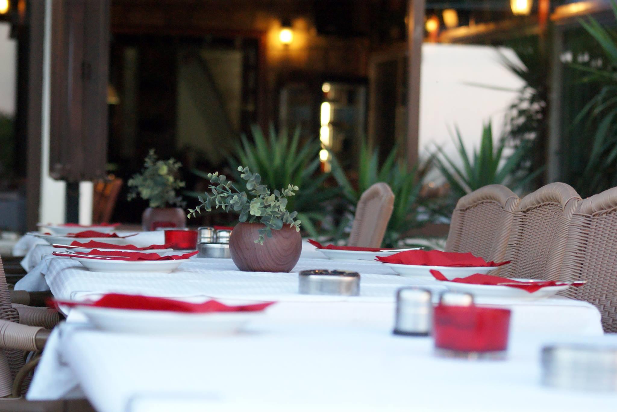 Restaurant Faros II, ouvert uniquement de mai à début septembre, sur le port de Latchi. Photo (c) Sabrina Belkhiter