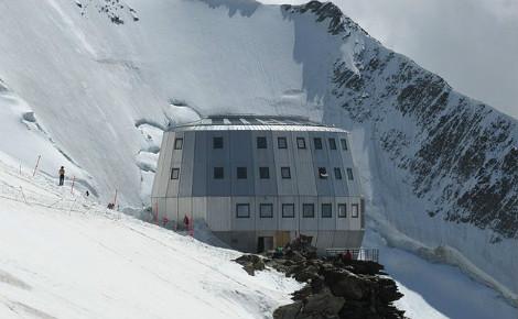 Le refuge du Goûter, sur les pentes du Mont Blanc, où des échantillon d'urine des alpinistes ont été prélevés. Photo (c) Coronium