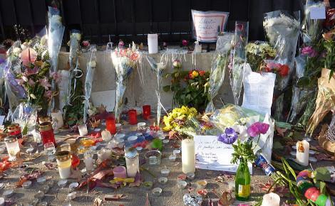 Hommage aux victimes du terrorisme. Photo (c) Erdrokan