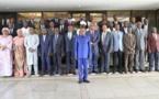 Le nouveau gouvernement guinéen, entre honneurs et critiques