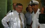 Visite à Mayotte du garde des Sceaux, ministre de la Justice et des Libertés, Michel Mercier