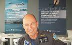 INTERVIEW VIDEO - Bertrand PICCARD, André BORSCHBERG et l'équipe de Solar Impulse créent l'événement au Salon du Bourget 2011