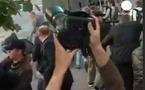 Gaz lacrymogène et sites Internet bloqués: les manifestants pris pour cible au Bélarus
