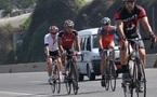 L'IMAGE DU JOUR - CYCLISTES SUR L'AUTOROUTE