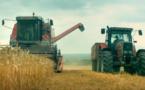 """""""Au nom de la Terre"""" : améliorer les conditions de vie des agriculteurs, une utopie ?"""
