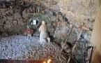 L'IMAGE DU JOUR – La grotte de Saint Charbel