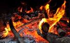 L'IMAGE DU JOUR – L'homme et le feu