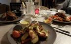 Des plats succulents servis par le chef Izilio Damoura (C) L'Entre Deux Portes