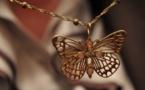 L'IMAGE DU JOUR – Pendentif papillon
