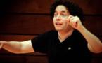 Gustavo Dudamel arrive à l'Opéra de Paris