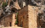 L'IMAGE DU JOUR – Monastère dans les rochers