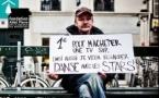 Des pancartes de sans-abris exposées à Paris