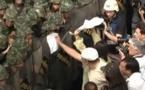 Thaïlande: Les arrestations de manifestants constituent un dangereux précédent