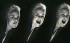 Chanson à la une - Sketch L'addition, par Muriel Robin
