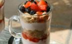 RECETTES EN VIDÉO - Parfait aux fruits et yaourt
