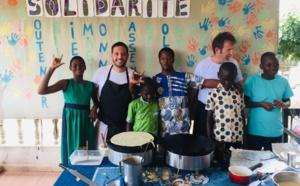 Des enfants porteurs de handicap (Association Imagine le Monde) apprennent à faire des crêpes (c) Laurence Marianne-Melgard