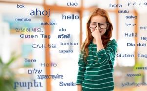 Les enfants bilingues montreraient une plus grande flexibilité à jouer avec le langage et à en apprécier la nature arbitraire. Shutterstock