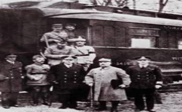 L'armistice du 11 novembre 1918 - en savoir plus avec Canal Académie