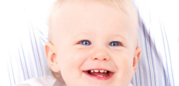 """""""The Happy Song"""", la chanson qui rend les bébés heureux"""