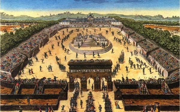 Le 14 juillet: La plus spectaculaire fête nationale française, avec défilés, bals, soirées, animations et feux d'artifices