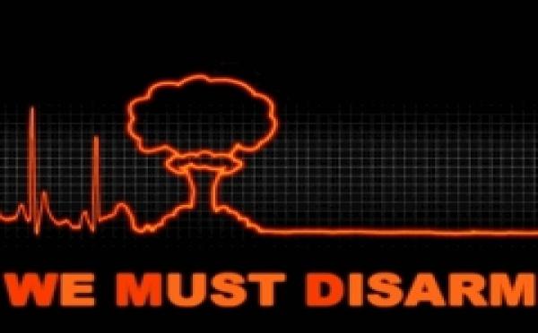 DESARMEMENT: L'ONU marque le 64e anniversaire d'Hiroshima