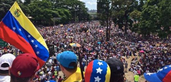 Venezuela: inauguration de la nouvelle Constituante sous haute tension