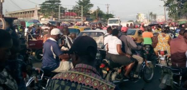 Les embouteillages à Douala